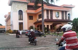 Perseteruan Eksekutif-Legislatif Sampang Memanas