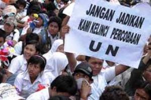 Kemendikbud Tunda Pendaftaran UN Perbaikan?