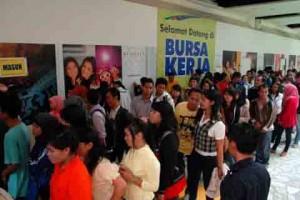 Disnakertransduk Jatim Gelar Job Market Fair