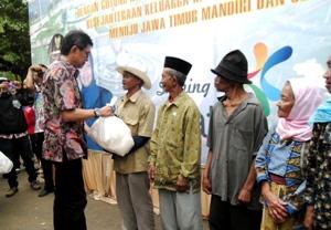 Walikota Batu Serahkan IPAL Komunal Rp5,2 M