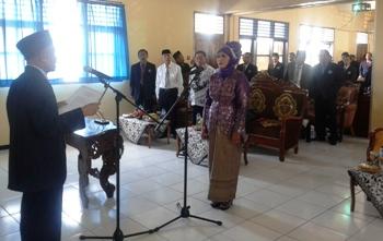 Unirow Tuban Resmi Miliki Rektor Baru