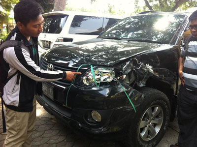 Tiga Mobil Mewah Penyok, Rombongan Wagub Jatim Alami Kecelakaan
