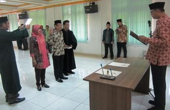 Sekretaris KPU Tulungagung Dilantik
