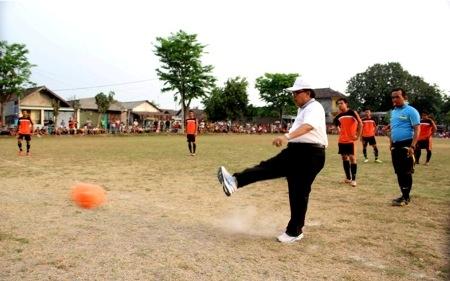 Cabup Bangkitkan Persepakbolaan Sidoarjo