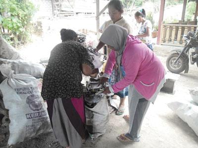 Bank Sampah Tuban Peroleh Bonus Rp62 Juta