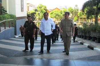 Jamwas Kejagung Teliti Sanksi Jaksa RW