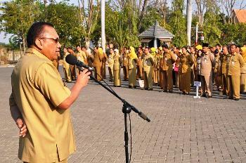 Pj Bupati Gresik Ingatkan PNS Netral di Pilkada