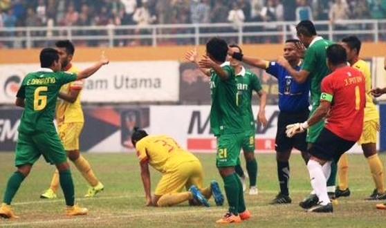 Memilukan, Wasit Nyatakan Bonek FC Kalah WO