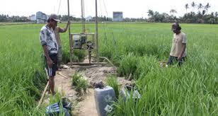 Petani Lumajang Terpaksa Bikin Sumur Bor