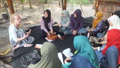 Pemkot Terima Hibah English Corner dari Yayasan Dewan Inggris Indonesia