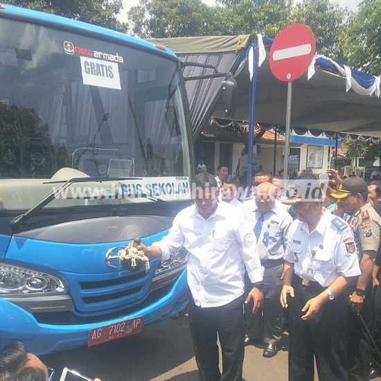 Pemkot Kediri Lounching Tiga Bus Pelajar