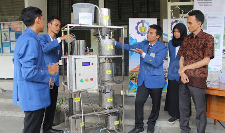 Mahasiswa ITS Ciptakan Alat Pemurni Garam Krosok Jadi Garam Industri