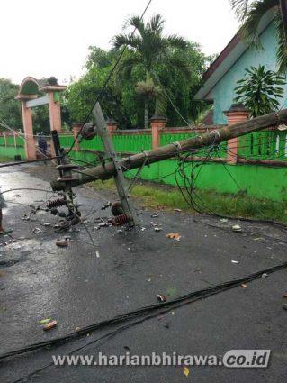 Puting Beliung di Kabupaten Blitar, Satu Orang Meninggal