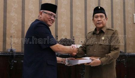 23-9-20-wap-Sekda-Bambang-Agus-serah-terima-dokumen-dengan-ketua-DPRD