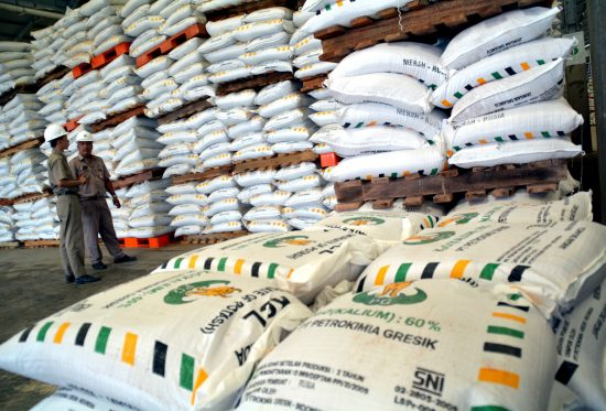 Mentan Akhirnya Tambah Subsidi Pupuk di Jatim