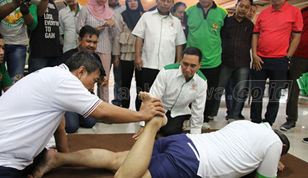 KONI Fasilitasi Sport Massage Gratis Bagi Atlet