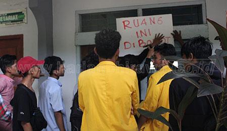 Mahasiswa Undar Jombang Desak Senat dan Yayasan Islah