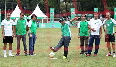 16 SD Maju ke Babak Final Milo Football Championship