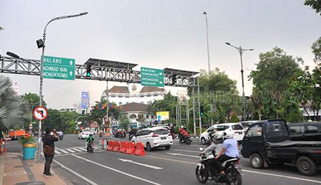 Cara Pemkot Surabaya Tertibkan Jalanan di Kota Pahlawan