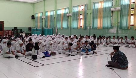 Doa Bersama Awali UNBK Siswa SMAN 1 Sidoarjo