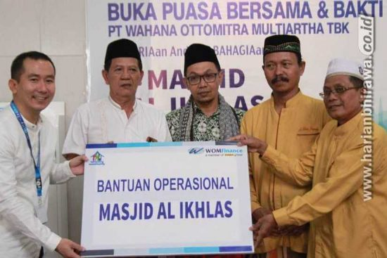 Sambut Ramadan, WOM Finance Bantu Operasional Masjid