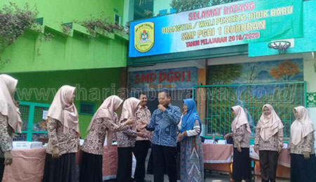 Dikbud Apresiasi Layanan Pendidikan SMP PGRI 1 Buduran