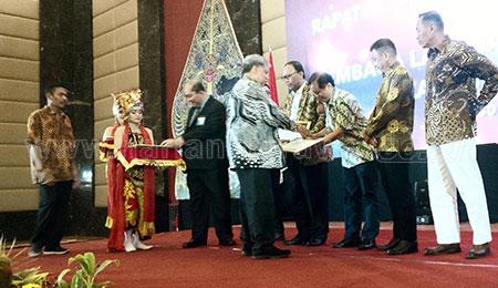 Gubernur Ajak Rektor dan GB Perbaiki Mutu Pendidikan Vokasi