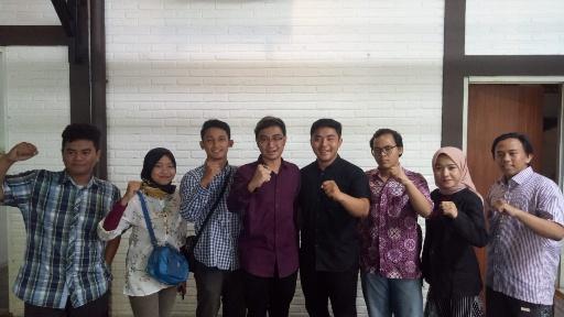 Politisi Nasdem Kritik Risma-Pemkot Surabaya, Suara Milenial: Itu Mewakili Siapa?
