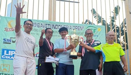 Incar Juara di Kejuaraan Tenis Veteran 2020