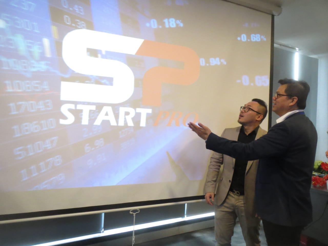 Start Pro Edukasi Masyarakat  terhadap Industri Financial