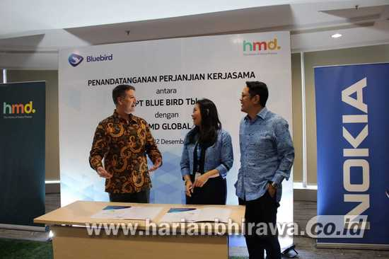 PT Blue Bird Tbk Group Kolaborasi HMD Global
