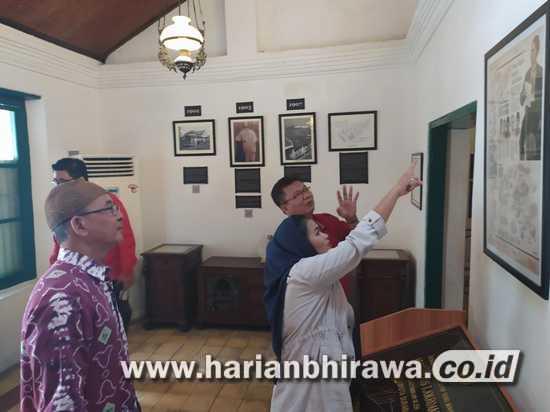 Puti Desak Pemkot Surabaya Gairahkan Soekarno Trip