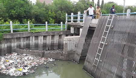 Kondisi Rumah Pompa Memprihatinkan, Dewan Melihat Banyak Tumpukan Sampah