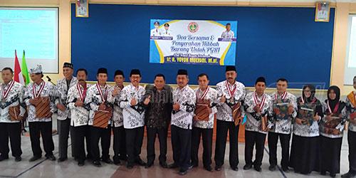 Bersama Guru dan Kasek Prestasi Pada Kegiatan PGRI Situbondo