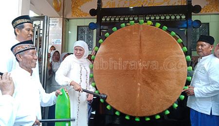 Gubernur Resmikan Masjid di Kampung Kelahiran