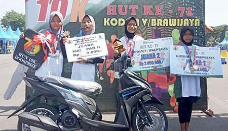 Pelari Bojonegoro Raih Juara I dan II Brawijaya Run 10K