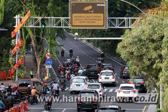 Uji Coba e-Tilang, Pelanggar Lalin Merata di Kota Surabaya