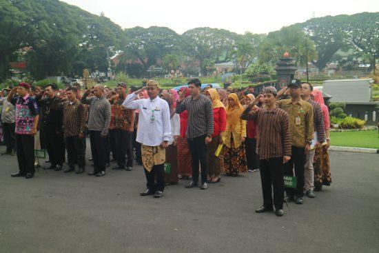 Pertama Kali ASN Kota Malang, Resmi Berpakaian Khas Daerah Jawa