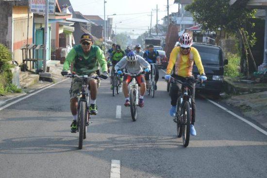 Kodim 0815 ikut Warnai Gowes Jalanan Wisata Mojokerto