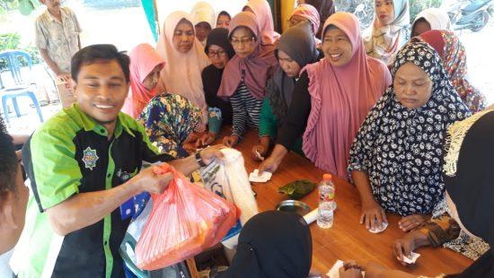 Warga Desa Antusias Sambut Baksos PWI Kabupaten Lamongan