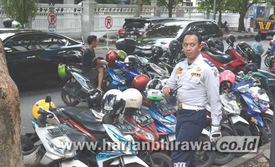 MarakParkir Liar, Dishub Kota Malang Ajukan Perda Derek