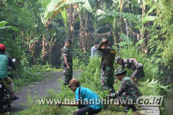 Koramil Mojowarno Jombang Hidupkan Gotong Royong Desa