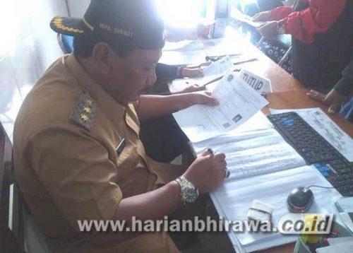 Wakil Bupati Nganjuk Marhaen Djumadi Layani Langsung Pemohon e-KTP