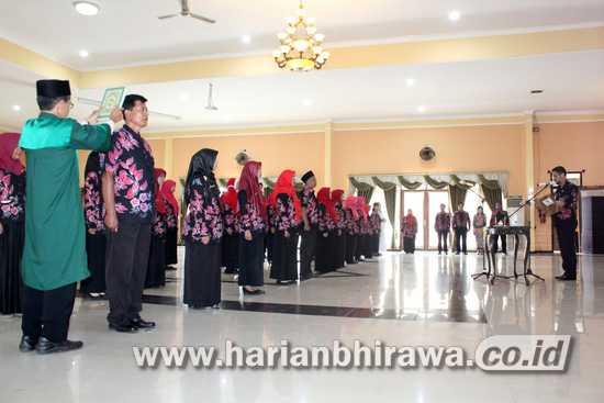 Teno Minta Pejabat Fungsional Tingkatkan Mutu Pelayanan Masyarakat