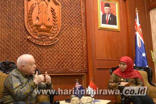 Gubernur Khofifah Terima Kunjungan Dubes Australia