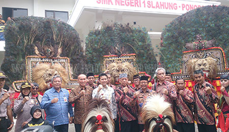 Kunjungi SMKN 1 Slahung, Wagub Dorong Kolaborasi Enterprise