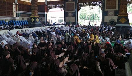 Jelang UN, PC IPNU-IPPNU Gelar Doa Bersama di Pondopo