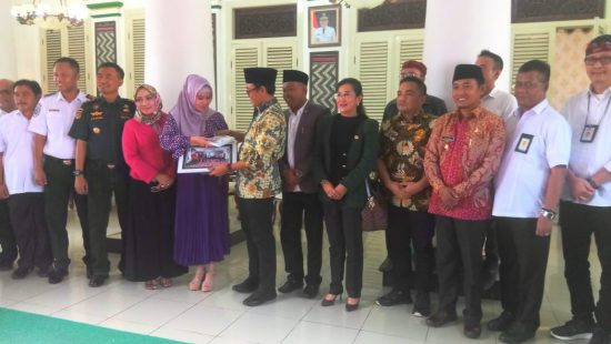 Komisi V DPR RI Imbau Kementerian Dorong Realisasikan Program di Pamekasan