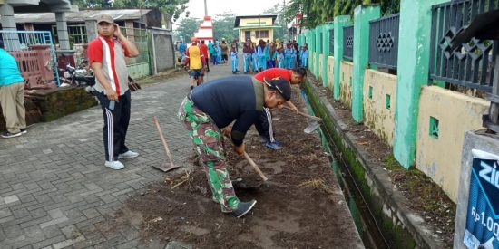Koramil 0814/04 Gudo Jombang Galakkan Gotong Royong