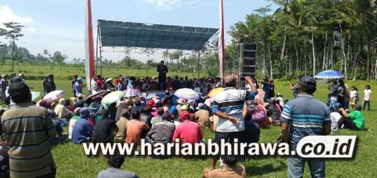 Warga Dua Desa di DampitTolak Pembangunan Pabrik Peternakan Ayam Potong